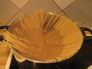 pappas-italienska-kottfarssas-vinkocken-04